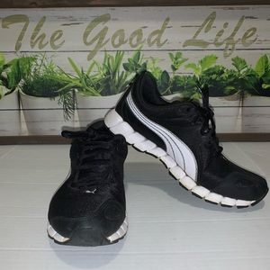 Puma woman sneakers